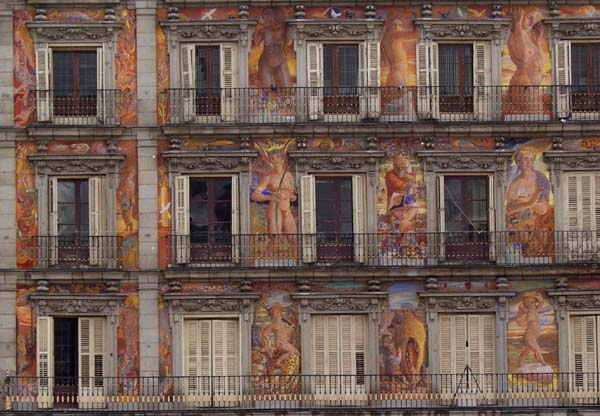 [Painted building in Plaza Mayor, Madrid]