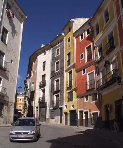 Twisting streets of Cuenca